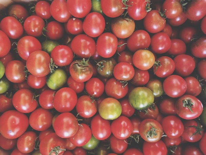Full Frame Shot Of Tomatoes