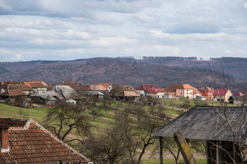 Hills Houses Transylvania Trees Trip Clouds Country Side Isolated Village Roofs Sky Varciorog Village