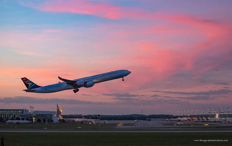 Airplane Airport Away Eveningsky Holidays TakeOff Upintheair Voyage