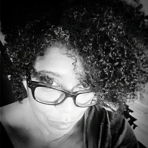 That feeling of bliss when you realize that the work day is almost done. Ommm. Gratitude Appreciate The Little Things In Life Namaste... Innerpeace Natural Enjoying Life Self Portrait Around The World Selfportrait Stressfree Naturalhair Let Your Hair Down