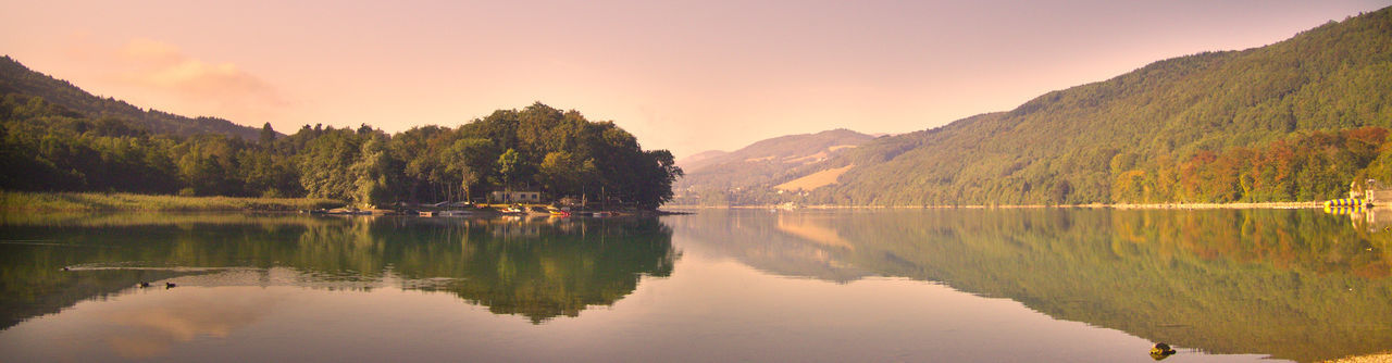 A summer morning in September Beauty In Nature Grenoble Lac Laffrey Lake Lake Panaroma Lake Reflection Mountain Nature Reflection Rhonealpes Tranquil Scene Water Waterfront First Eyeem Photo