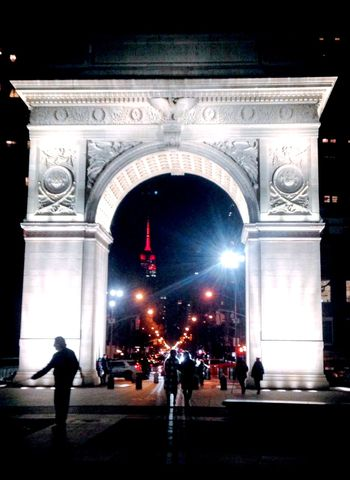 The end of a perfect evening. New York At Night Arch Travel Destinations City Illuminated Triumphal Arch Built Structure Architecture Outdoors Real People Sculpture Night People Empire State Building