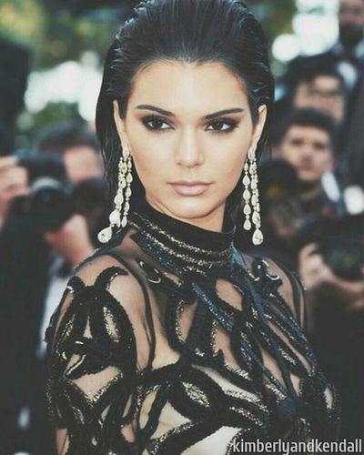 Kendall Jenner Kendalljenner Kardashian Makeup Model Beautiful Outfit Elegant Black
