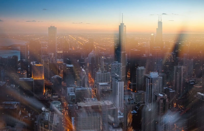 Blurred Chicago Illinois Architecture Building Exterior Built Structure City Cityscape Day Golden Hour Illuminated Modern No People Outdoor Photography Outdoors Sky Skyline Skyscraper Street Sunset Tall Travel Destinations Urban Urban Skyline Windycity