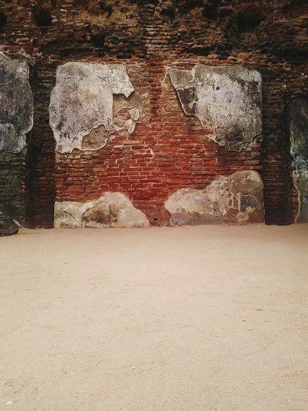 Brick Wall Sri Lanka Traveling In Sri Lanka Ruins