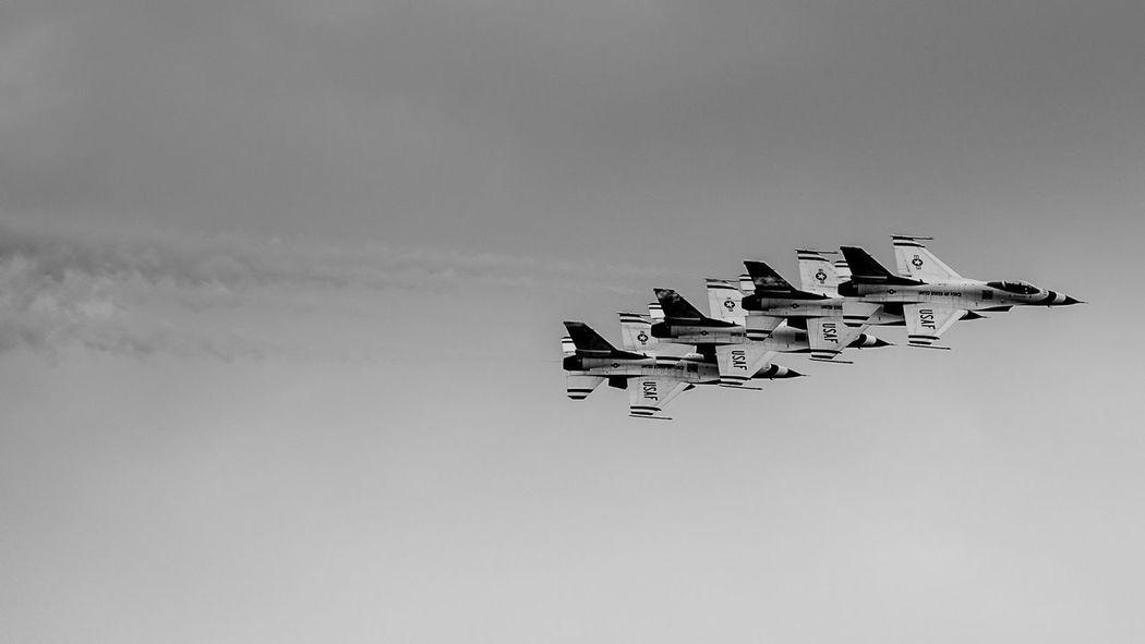 Airshow Avian Aviation Black & White Black And White Blackandwhite Capital Cloudy F16 Fort Jets Monochrome Precise Precision Puerto Rico San Cristobal San Juan San Juan PR Smoke Thunderbirds Thunderbirds, Air Show, Aviation US Air Force USAF