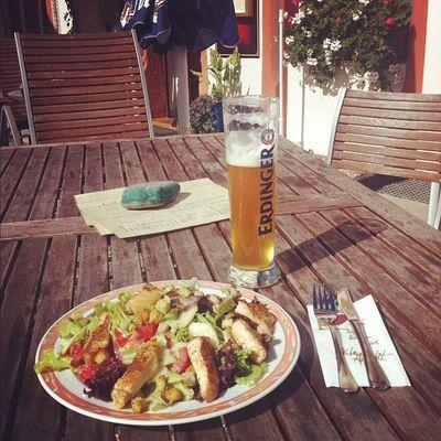 Om nom nom nom Immendingen Brennerhof Weißbier Food Putenbrust Essen Germany Salad Bier Deutschland Salat Weissbier Erdinger Badenwürttemberg Badenwuerttemberg