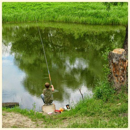 Рыбачок. Little fisherman омск сибирь лето Рыбалка рыболов протока кэнон Omsk Siberiansummer Siberia Summer Fisherman River Green Nofilter Canon Oldgram