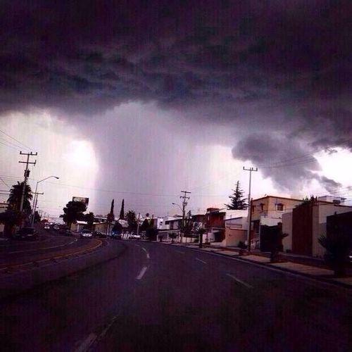 Otro ángulo de la tormenta⚡️☁️ Storm Clouds And Sky Thunder And Lightning