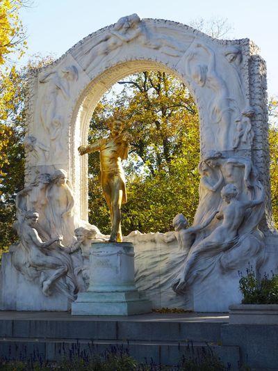 Art Art And Craft Fall Fall Leaves Johann Strauss Sculpture Stadtpark Wien Statue Tourism Vienna
