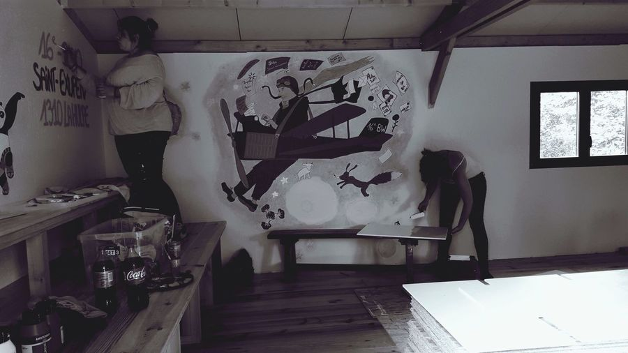 Black And White ]Creative Pastel La Hulpe