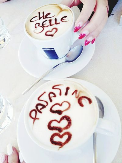 My Nails  Red Nails Real Nails Dedica Cappuccino Bar Colazione Urban Lifestyle