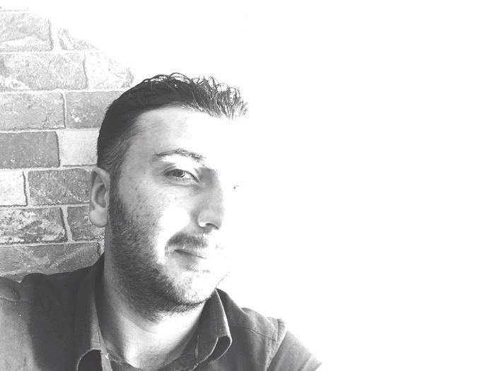Bomboşş Lifestyles Headshot Close-up Person