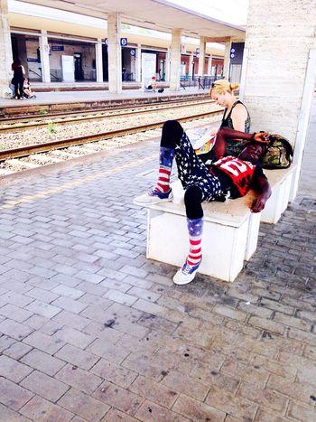 Night Night, Sleep Tight at the Railwaystation on a Hot Day 🌞 Sofiavicchi Sofiavicchiconceptdesign Fashion USA Train Train Station Tranquility Travel Reading Station Railway Streetphotography