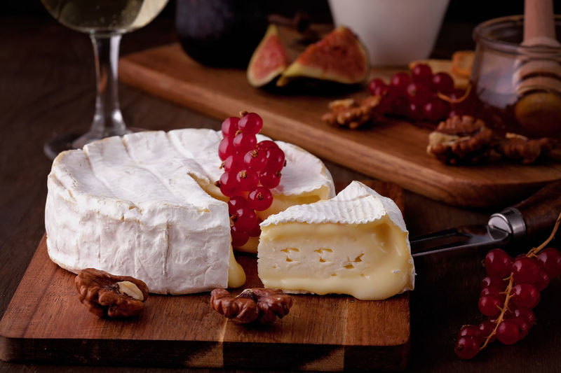 Camembert Camembert Cheese Alcohol Cheese Close-up Cutting Board Day Food Food And Drink Freshness Fruit High Angle View Homemade Indoors  Indulgence No People Ready-to-eat SLICE Still Life Sweet Food Table Temptation Wineglass