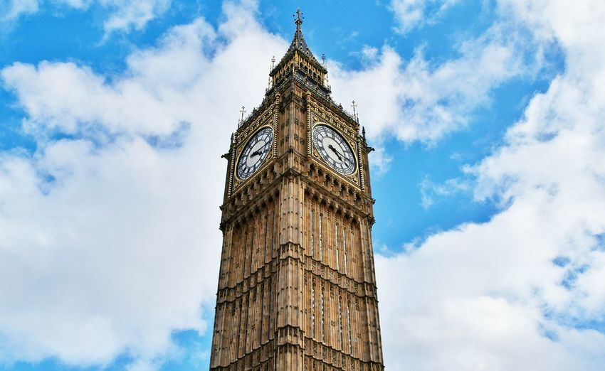 Sky Cloud - Sky Tower City Low Angle View Tree History Outdoors Travel Destinations No People Architecture Clock Tower Built Structure Day Nature Cultures Clock Bigben London City Landmark Famous Place