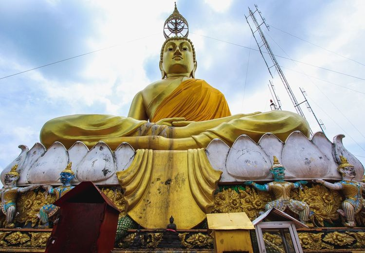 Religion Spirituality Male Likeness Statue Human Representation Idol Golden Color Low Angle View Sculpture Sky Gold Colored No People Day Fish-eye Lens Outdoors