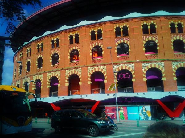 Las Arenas, Barcelona Spain♥ Relaxing Arabic Style Hi! Hello World Colors Colorful Hola!