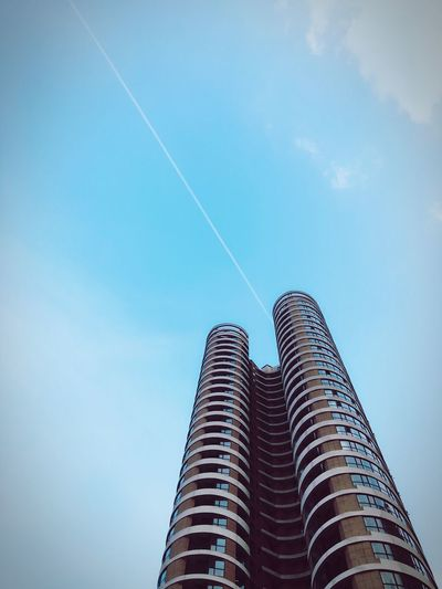 Building Architecture Photography Sky Life Moments Check This Out Taking Photos Travel Photography Hello World From My Point Of View Summer Highbuilding Colour Of Life Still Life Nopeople Best Shots EyeEm