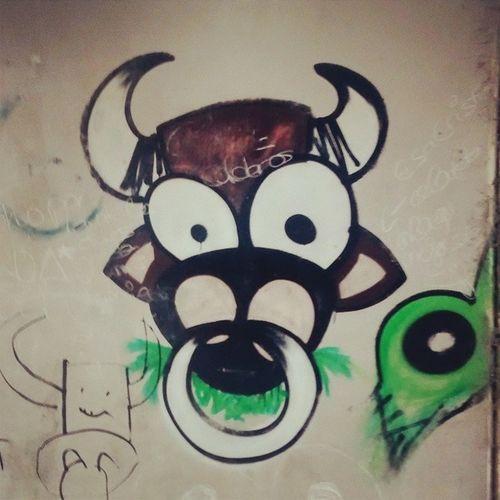 Graffiti Rasines Vaca Obradearte