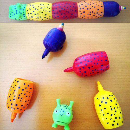 カラフル可愛いイモムシさんのペンを、もらいました🐛💚💛❤️💜💙 ペン イモムシ いも虫 イモムシ Caterpillar Rainbow