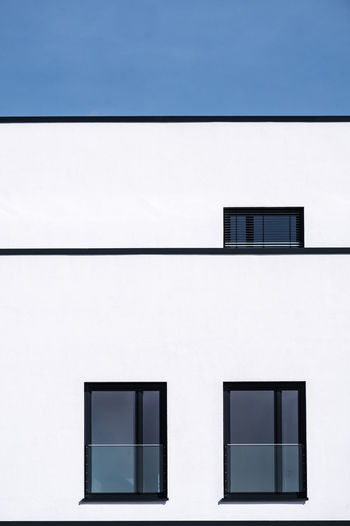 Archidetail Minimalism Minimalist Photography  Fujix_berlin Ralfpollack_fotografie Architecture Blue Built Structure No People Wall - Building Feature Day Building Exterior Outdoors Window Building White Color Residential District Full Frame Backgrounds Modern Copy Space House Glass - Material City