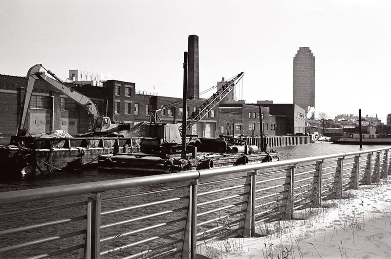 Anable Basin, Long Island City, March 2014. Future home of Amazon HQ2 in NYC. Barge Ishootfilm Anable Basin Amazon HQ2 Long Island City LIC NYC Smoke Stack Factory Industry Machinery Architecture Sky Urban Landscape Industrial Landscapes Film Photography Kodak T-max 400 Kodak Construction Vehicle Crane - Construction Machinery