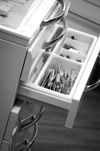 Blackandwhite Bnw Bnw_collection Close-up Dentist Dentist Time Dentist Tools Dentistery Desk Organizer Dresser Indoors  No People Tools Working EyeEmNewHere