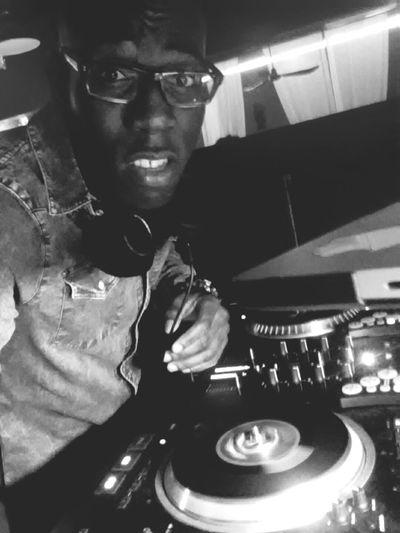 DJing Numark Dicers Ns7