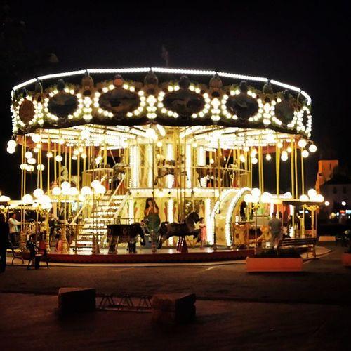 Le carrousel de Saint Gilles de nuit Stgillescroixdevie Maneige Port Vendée