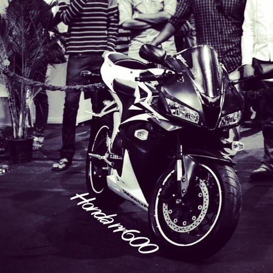 Supernormal Bike Honda RR600