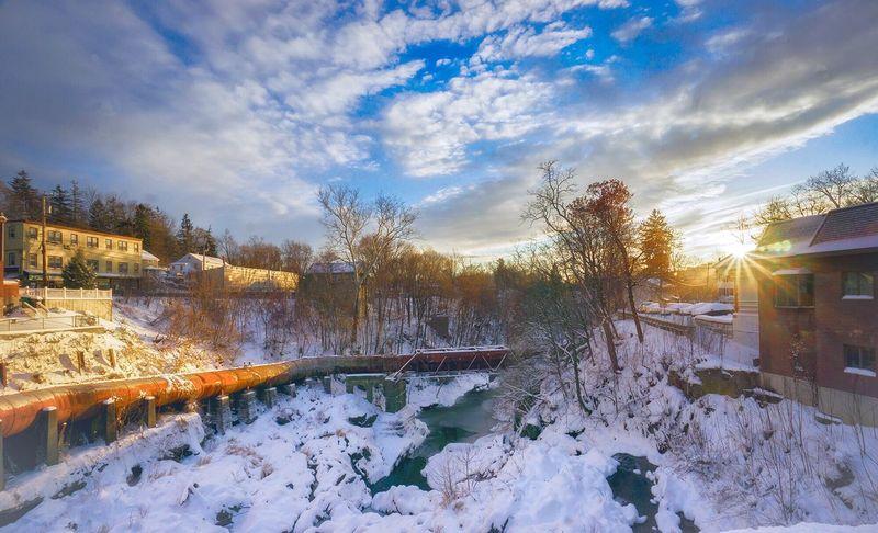 Wappingers Falls Snow Sunlight Sun Glare