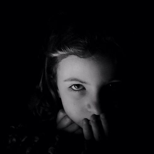 Intensive Zoe's portrait | taken with iPhone 5S | edited with VSCOCam G3 //DramaticB&W//Filterstorm neue apps Youmobile TheMinimals (less Edit Juxt Photography) Shootermag Bws_worldwide