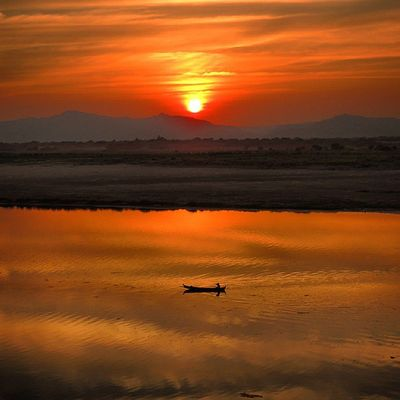 Sunset Boat BeautifulSavior Sea SEA
