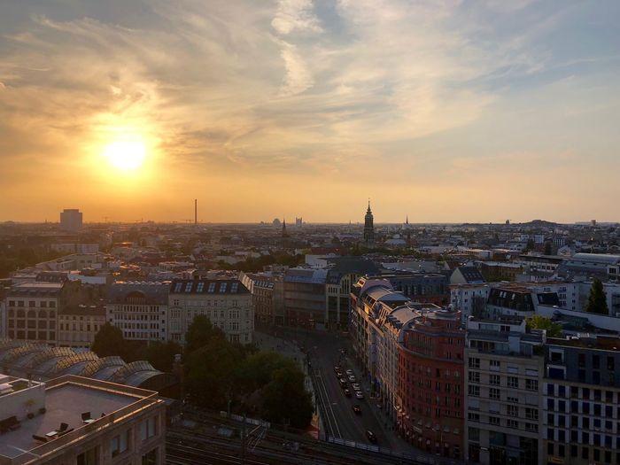 l-o-v-e Berlin