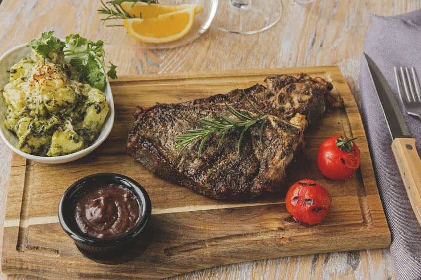 Beef Close-up Day Food Food And Drink Freshness Grill Healthy Eating High Angle View Indoors  No People Plate Ready-to-eat Steak T-bone Table