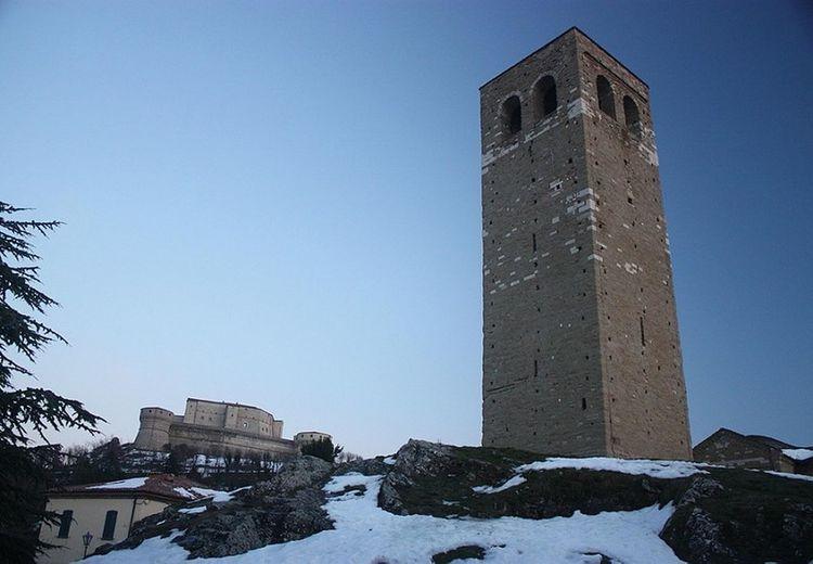 San Leo - Italy Sanleo Sanleocastle MedievalTown Medievaltower Castle Tower Castlesnow Italycastle Italymountain Medievalitaly
