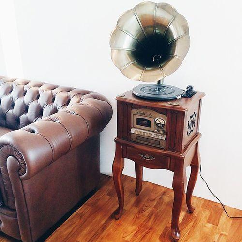 Newest vintage addition added to the showroom! Interiordesign ATshowroom