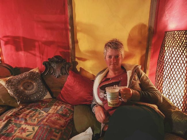cider and a festival with the one you love Light And Shadow Lifestyles Bright Colours Cornwall Uk Cornish Life Having A Cider Ciderandmusicfestival Healeyscyderfarm Sitting Music Portrait Cushion Couch