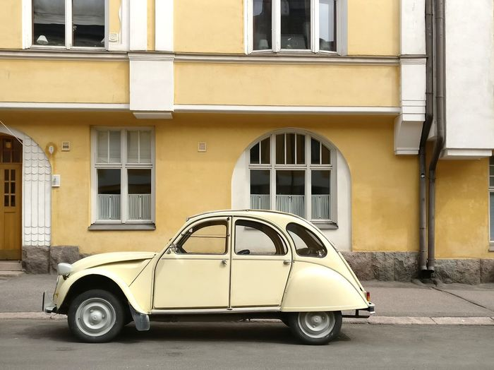 Summer Citroen My Vintage Car Collection Vintage Yellow Color Tonal Colors Tonal Yellow Editorial  Landscape Urban Landscape Citroen Vintage Citroen Yellow Citroen Architecture 10pm Nordics Nordic Light Nordic Architecture Nordic Summer Yellow Taxi Old-fashioned Car Retro Styled Window Vintage Car Headlight Collector's Car The Past Historic Building Residential Structure Parking