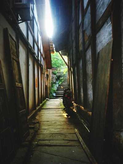 The Way Forward Direction Architecture Built Structure No People Sunlight Footpath Day Corridor Arcade Narrow Diminishing Perspective Wall - Building Feature Outdoors Alley Nature