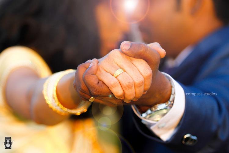 wedding rings Portrait Family Portrait Couple - Relationship Couples❤❤❤ Couplesphotography Wedding Photography Rings 💍 Ring Tamilnadu Chennai Chennaiphotography Canon5Dmk3 Canonphotography EyeEm Selects Outdoor Photography 70-200mm Colours Chennaiphotographers Men Close-up