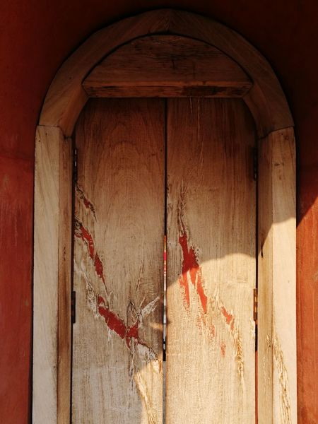 Old asian wood door Outdoors No People Architecture Copy Space Concept Explore Architecture Built Structure Abandoned Red Wood Wood - Material Old Vintage ASIA Asian  Cultures Classic Crimson Temple Gate