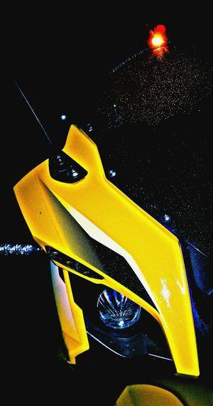 Pulsar 200 RS.