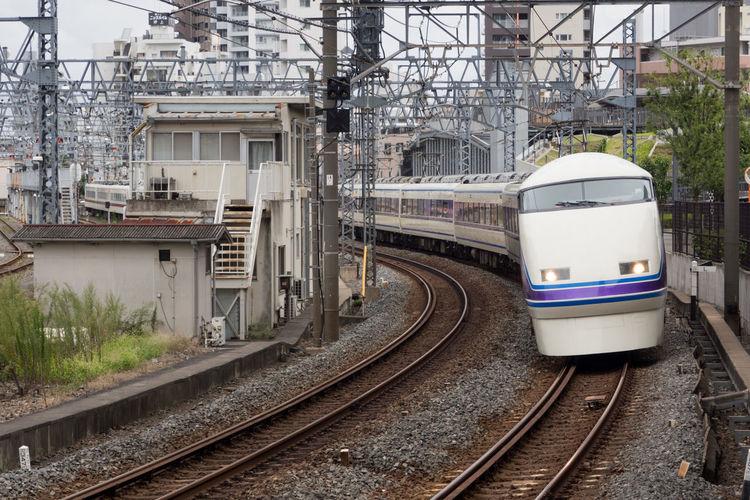 スペーシア / 東武繋がりでスカイツリーと同じ「雅」 Electricity Pylon Olympus Olympus Om-d E-m10 Railroad Railroad Track Railway Railway Track Train Train Tracks Trains Transport Transportation