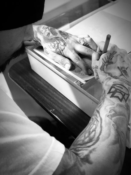 Sketch Tattooartist  Tattoophotography Photography Tattoos Tattoo One Person Indoors  Human Hand Human Body Part Hand Men Lifestyles Occupation