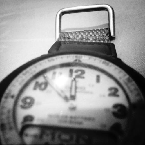 Hands of Time. Manual Focus Lg G2 Taking Photos Time