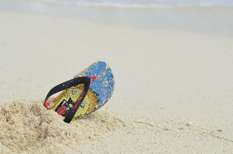 Beach Beachphotography Beauty In Nature Close-up Colorful Day Flip-flop Focus On Foreground Havaianas Havaianas Australia Havs Island Kalanggaman Island Lion No People Outdoors Sand Sea Vacations