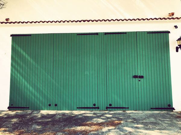 Built Structure Architecture No People Day Corrugated Iron Outdoors Building Exterior Green Green Door Green Fence Green Gate Villa Door