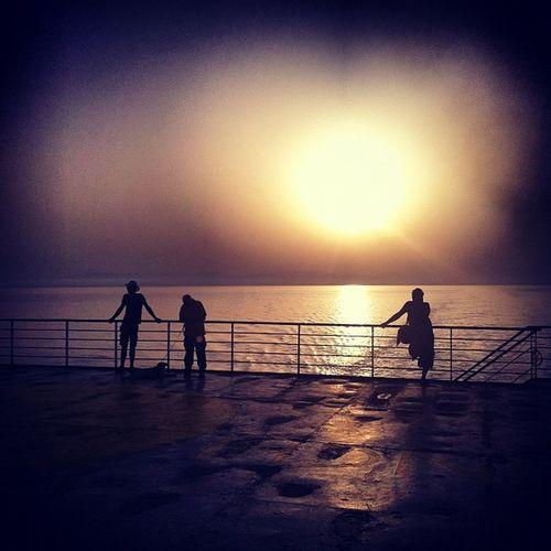 #tirrenia #meer #menschen #sonne Sea Sun Nature Steel Sonne Tramonto Menschen Schifffahrt Meer Stahl Blech Tirrenia